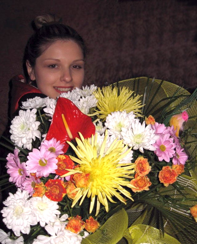how to send flowers to russia from usa
