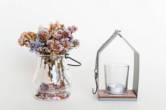 Dry winter flowers to make potpourri