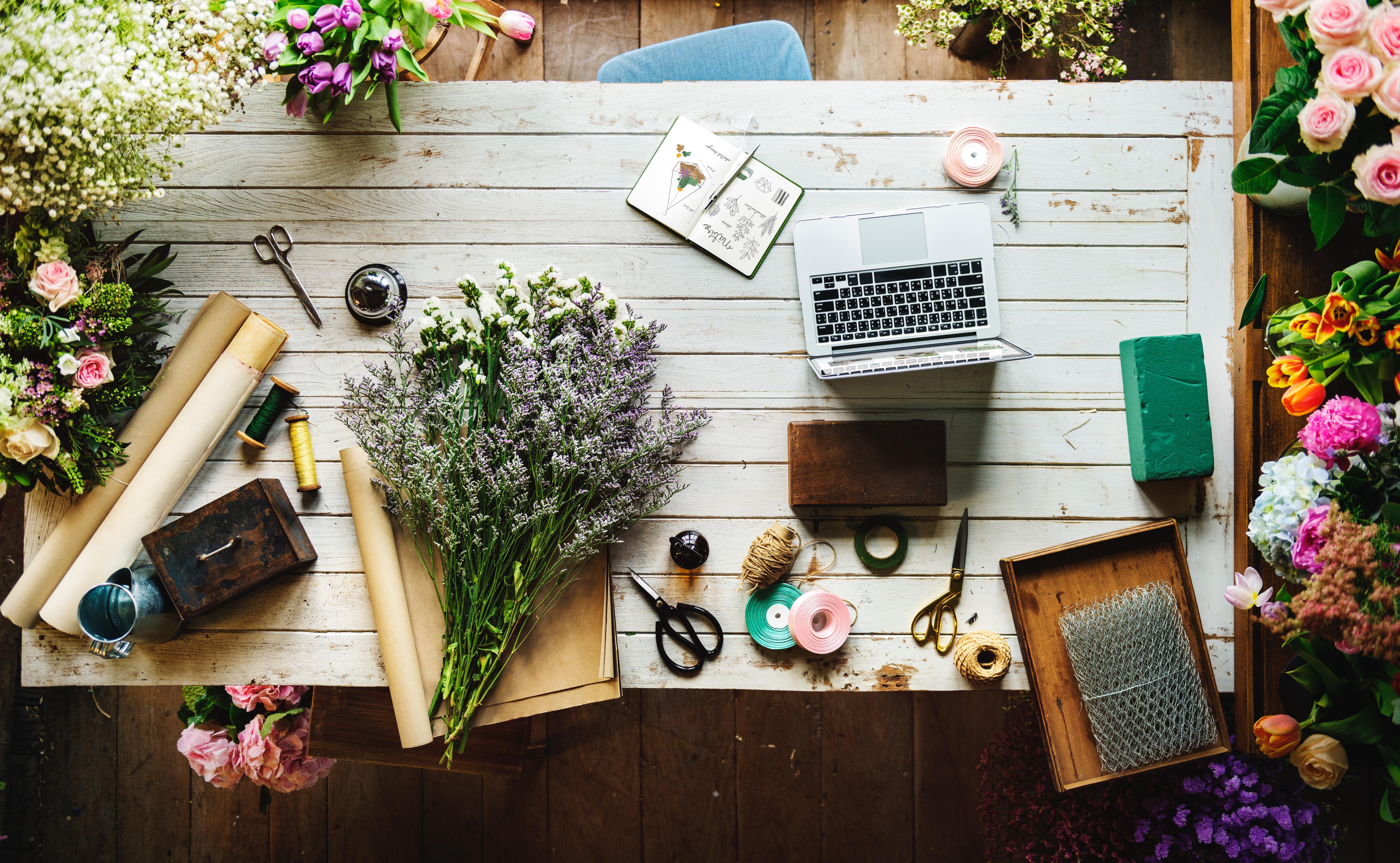 5 easy flower decor tips