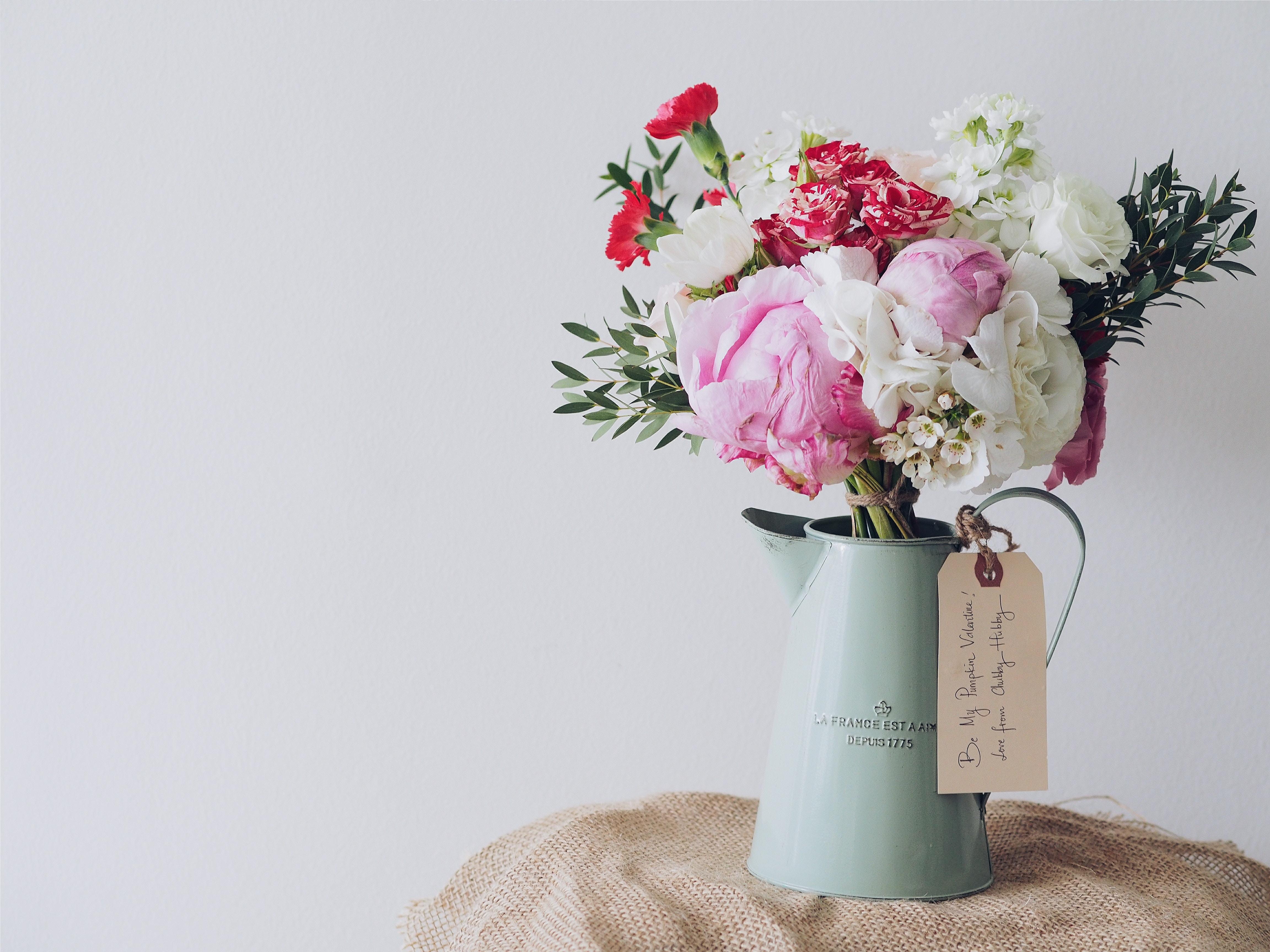 Flowers in winter decor