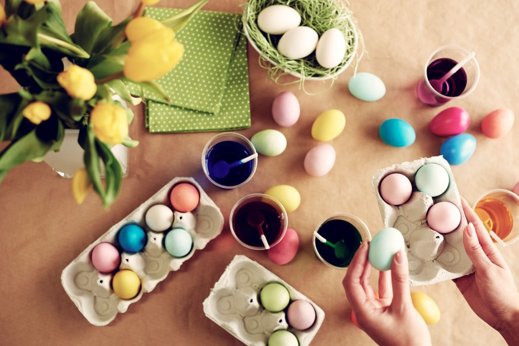 Natural Easter Eggs 1
